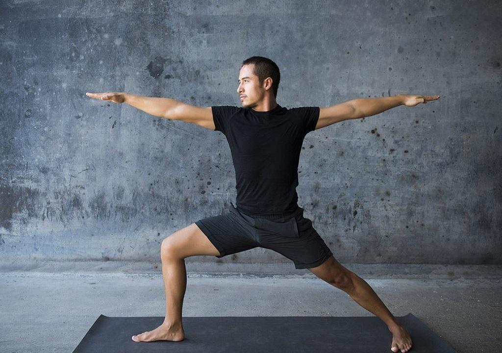 Полезное влияние йоги на потенцию: правила выполнения упражнений