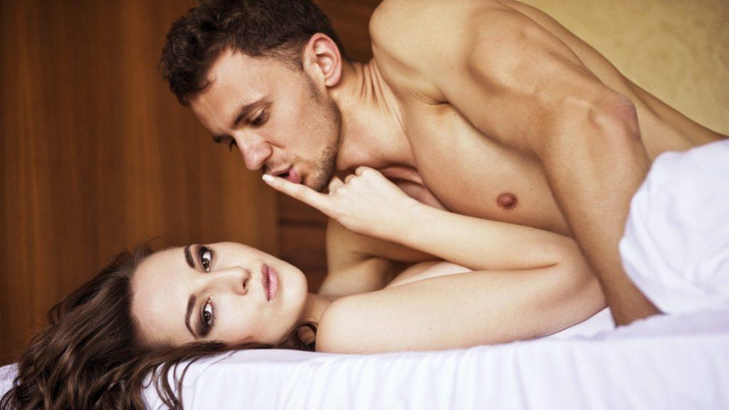 Как возбудить девушку: рекомендации сексологов и типичные мужские ошибки