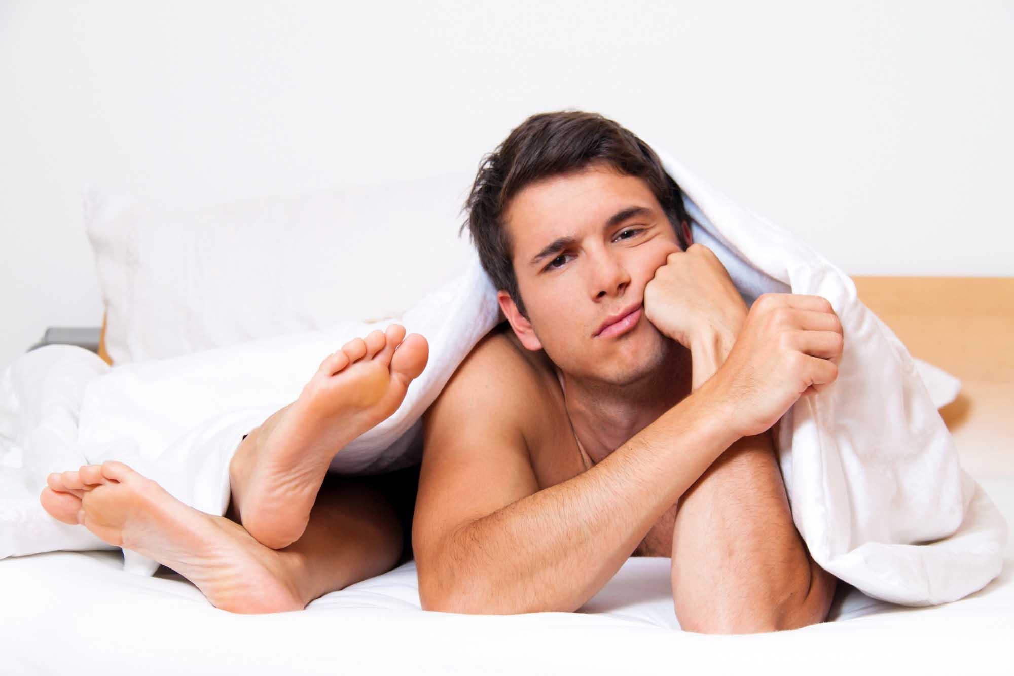 Перевозбуждение у мужчин: что делать, если болят яйца и низ живота