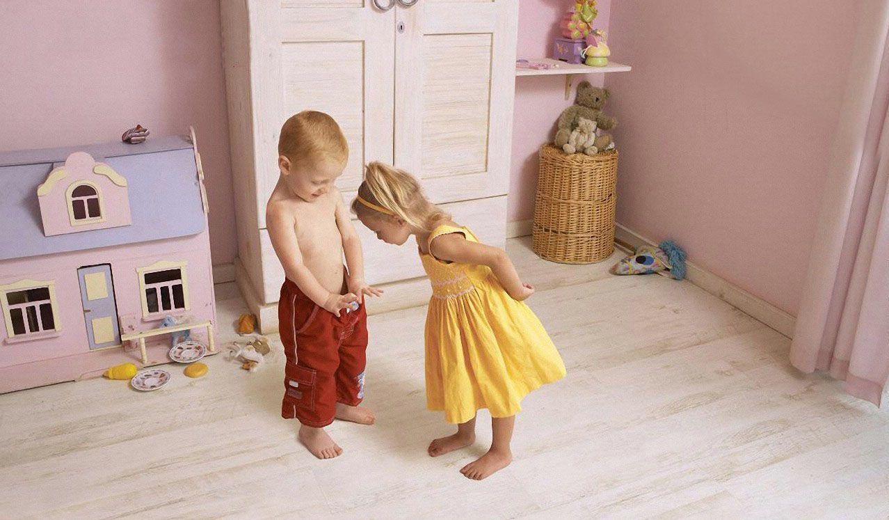 Эрекция у детей: когда наступает, что делать