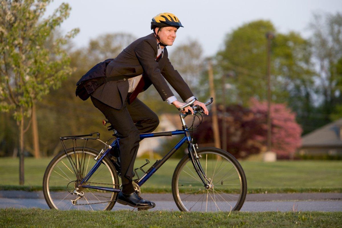 Можно ли ездить на велосипеде при простатите: как правильно кататься