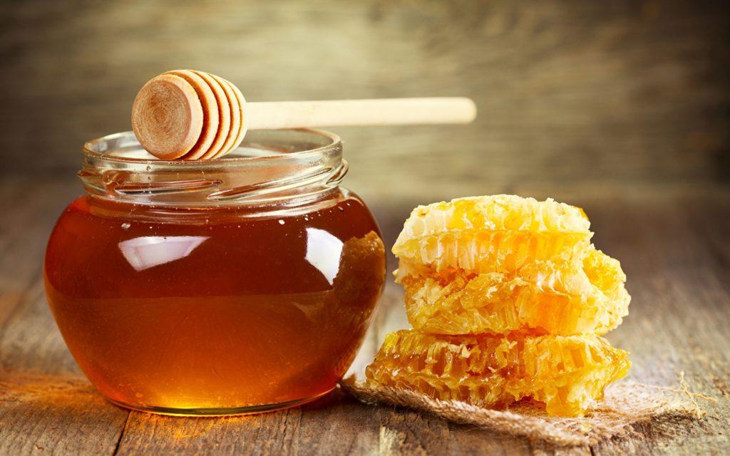 Мед при простатите: эффективные рецепты и способы применения