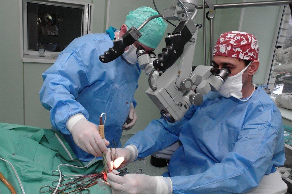 В каких случаях делают операцию при простатите