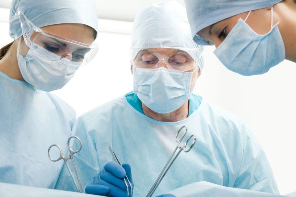 Можно ли избавиться от аденомы без операции